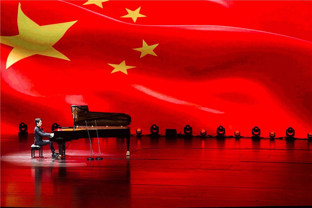 SCHIMMEL新年首演——吴牧野浪漫音符奏响金陵古城
